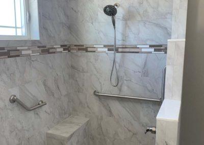 Schwarz Shower